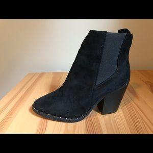 Shoes - Faux suede black booties